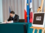 08-01-2015 - Marszałek Sejmu Radosław Sikorski oddał hołd ofiarom zamachu w Paryżu